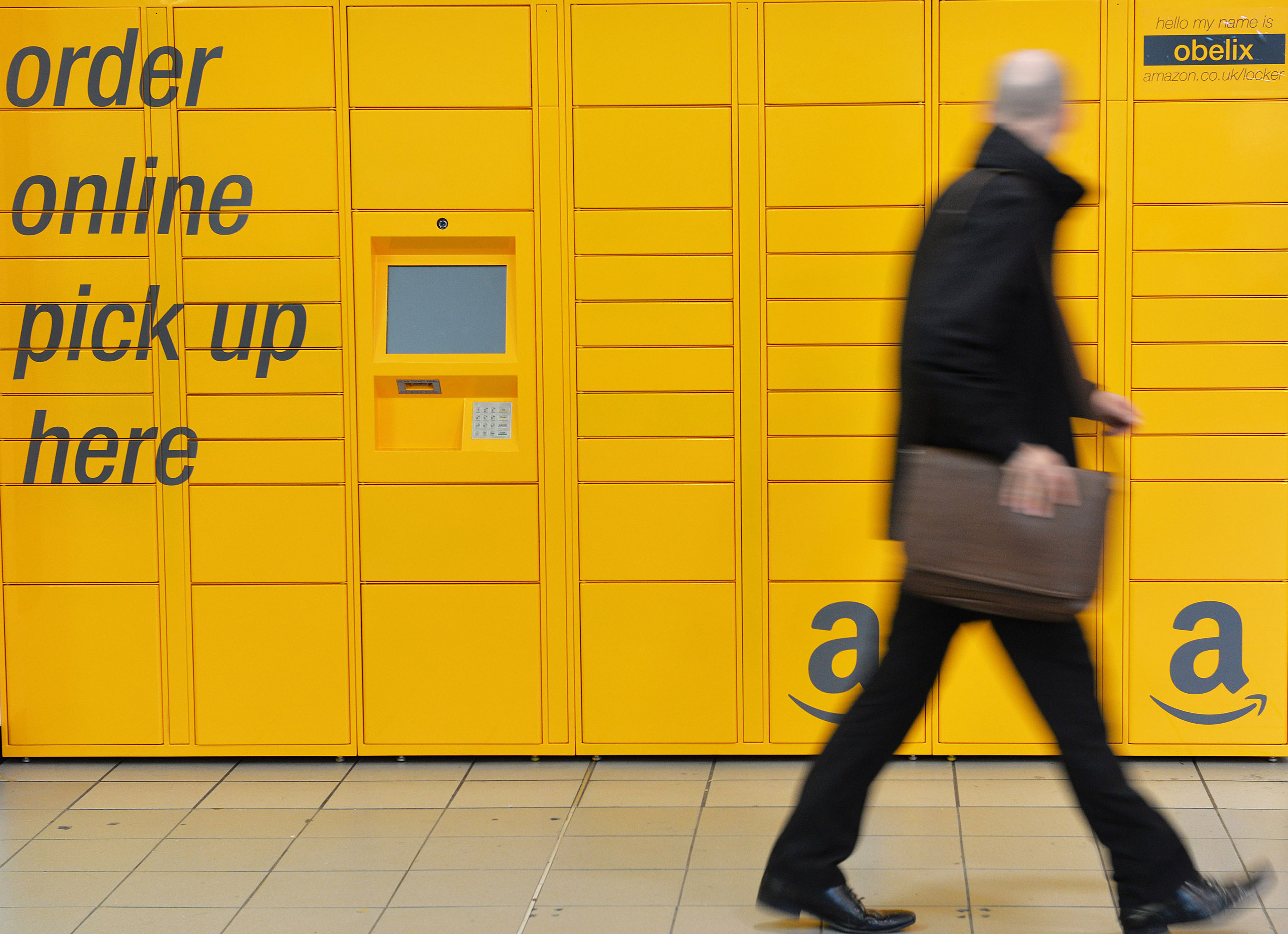 Amazon Locker Birmingham Airport